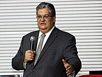 Simpósio de Direito Eleitoral: Henrique Neves fala sobre abuso de poder nas eleições