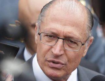 """""""Ideal é que Aécio Neves não seja candidato"""""""