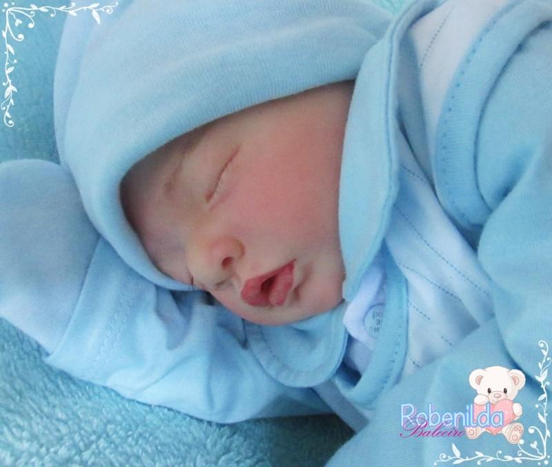 Servidora do SAAE divide seu tempo vago entre a família e a produção de  bonecas que se assemelham a bebês reais 67eb8e23f3567